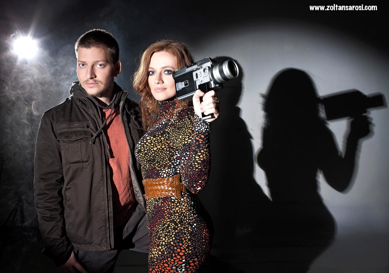 Megan a alfredo, kteří spolu chodili ve tmě